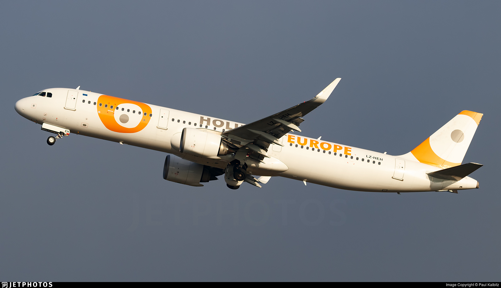 LZ-HEH - Airbus A321-253N - Holiday Europe