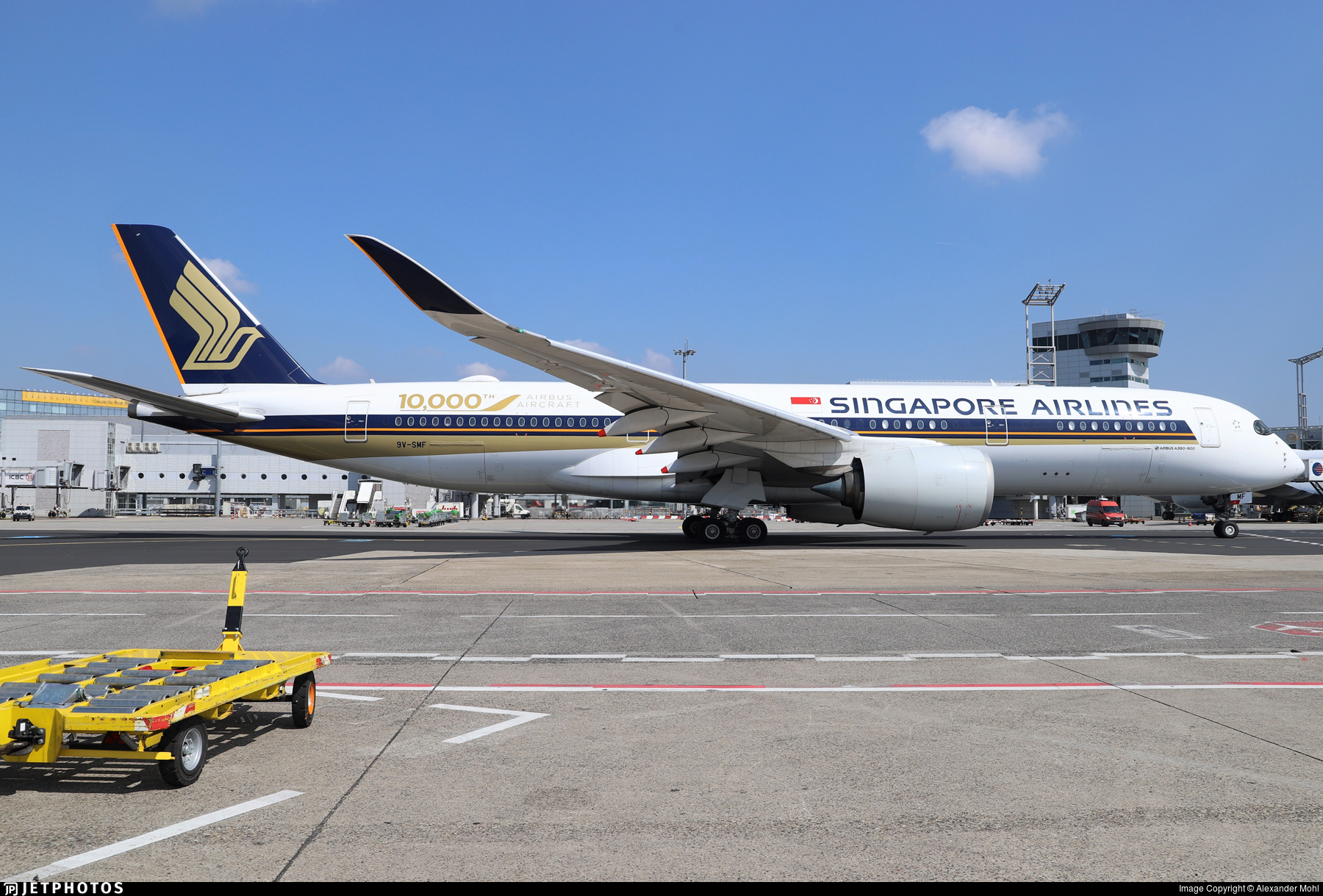 9V-SMF - Airbus A350-941 - Singapore Airlines