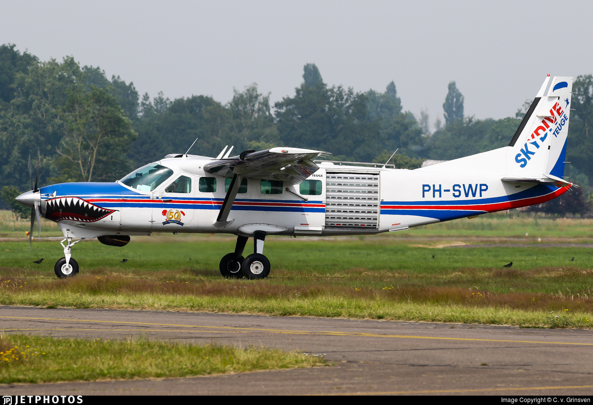 PH-SWP - Cessna 208B Grand Caravan - Skydive Teuge