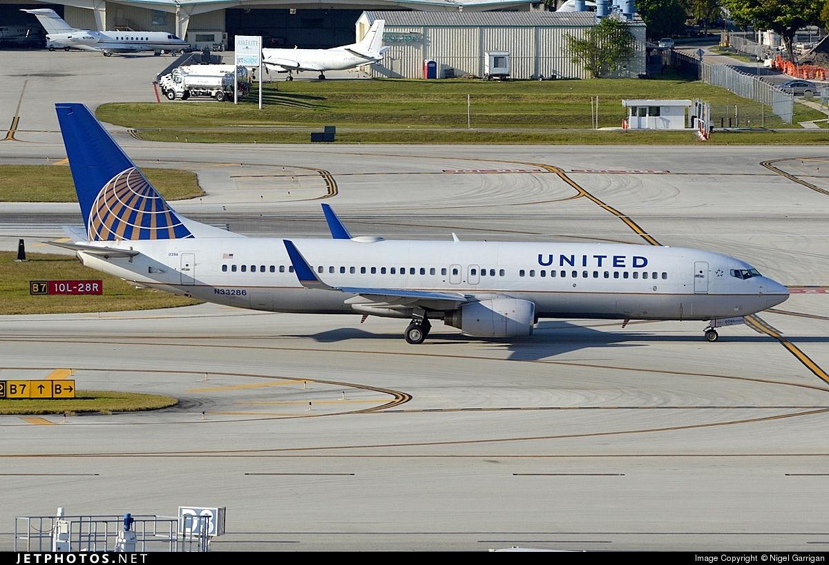 N33286 - Boeing 737-824 - United Airlines