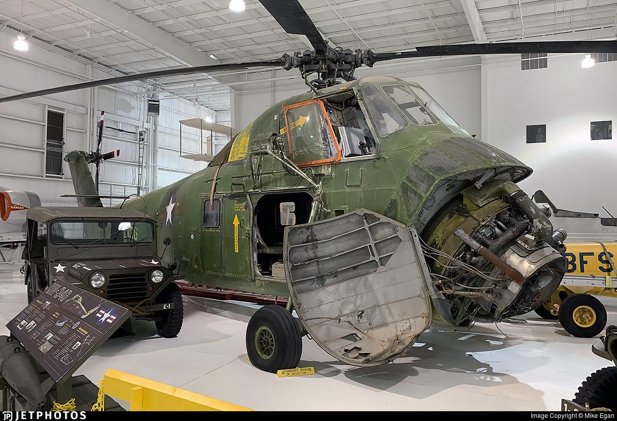 140136 - Sikorsky H-34G - United States - US Marine Corps (USMC)