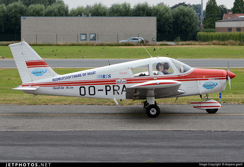 Oo Pra Piper Pa 28 140 Cherokee D Private
