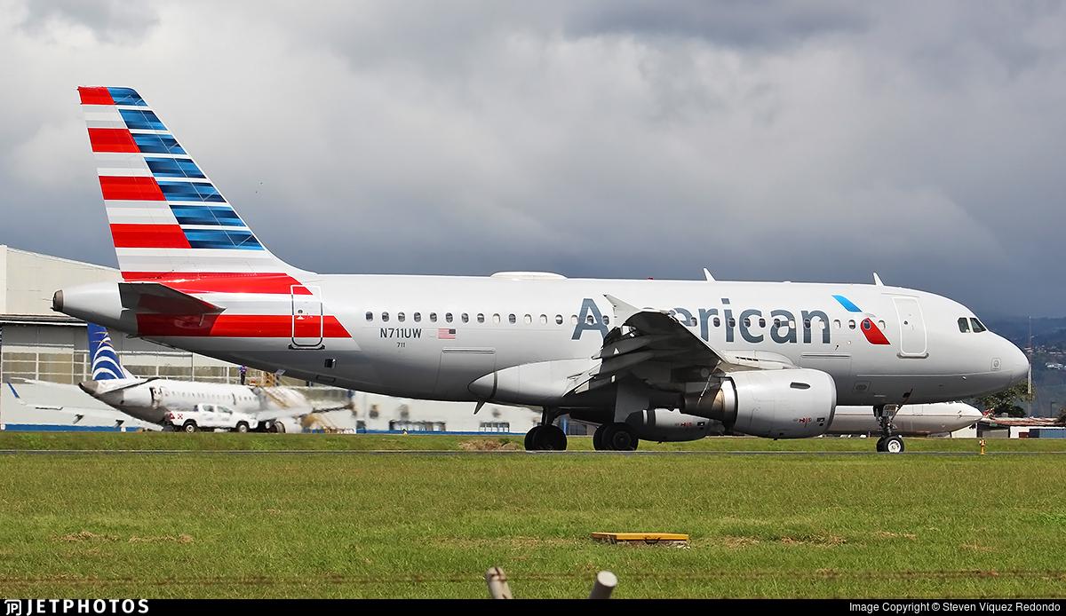 N711UW - Airbus A319-112 - American Airlines