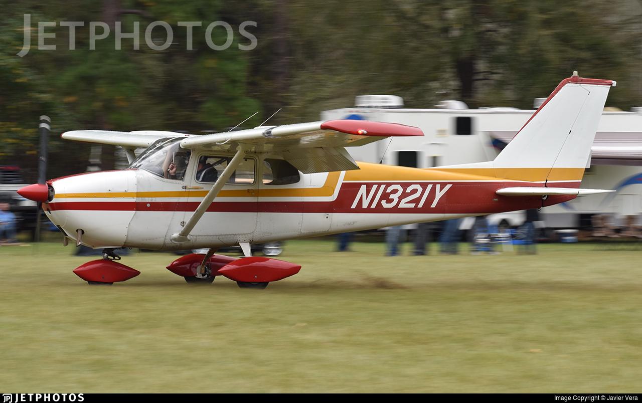 N1321Y - Cessna 172C Skyhawk - Private