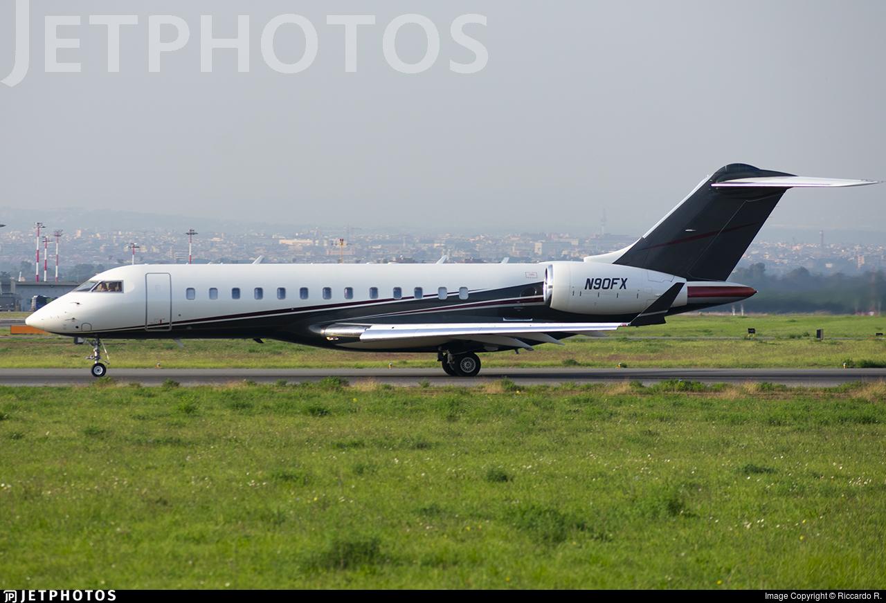 N90FX - Bombardier BD-700-1A10 Global Express - FlexJet