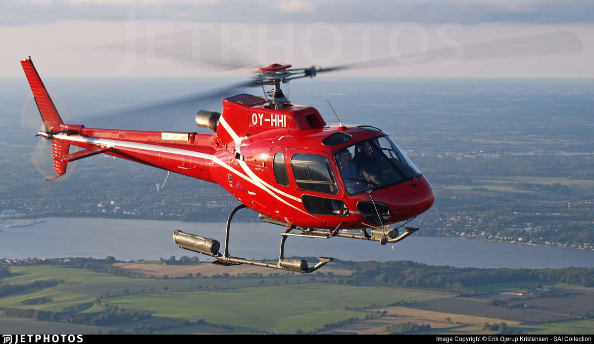 OY-HHI - Eurocopter AS 350B3 Plus Ecureuil - GreenlandCopter A/S