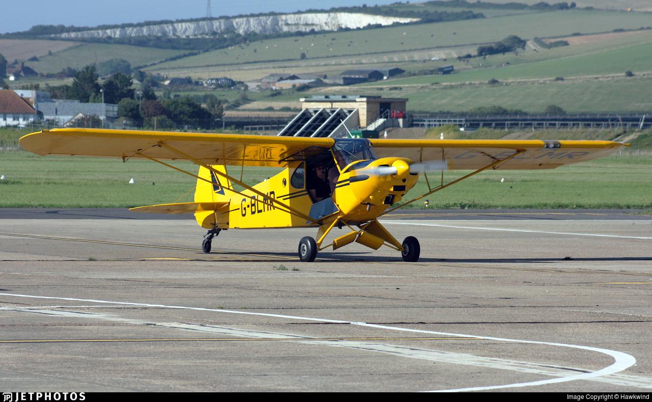 G-BLMR - Piper PA-18-95 Super Cub - Private
