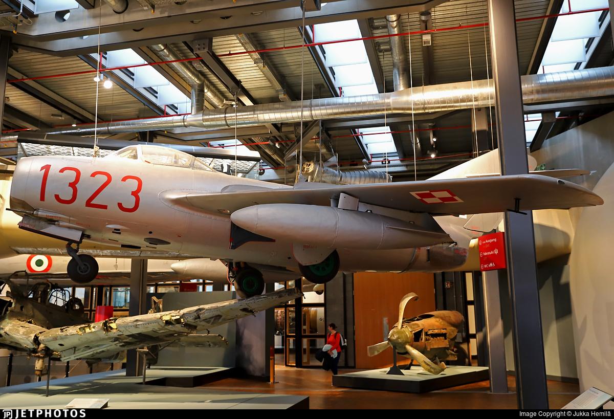 1323 - WSK-Mielec SB Lim-2 - Poland - Air Force