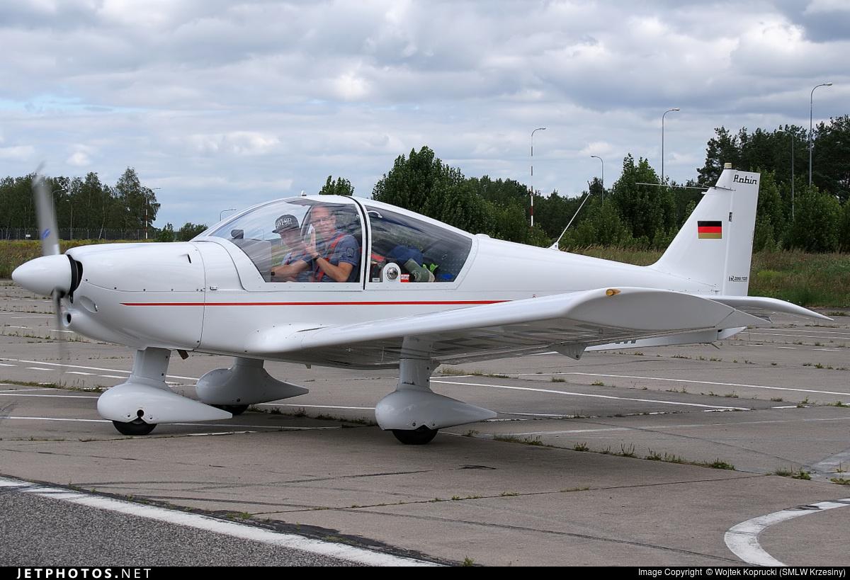 D-EDOM - Robin HR200/120B - Private