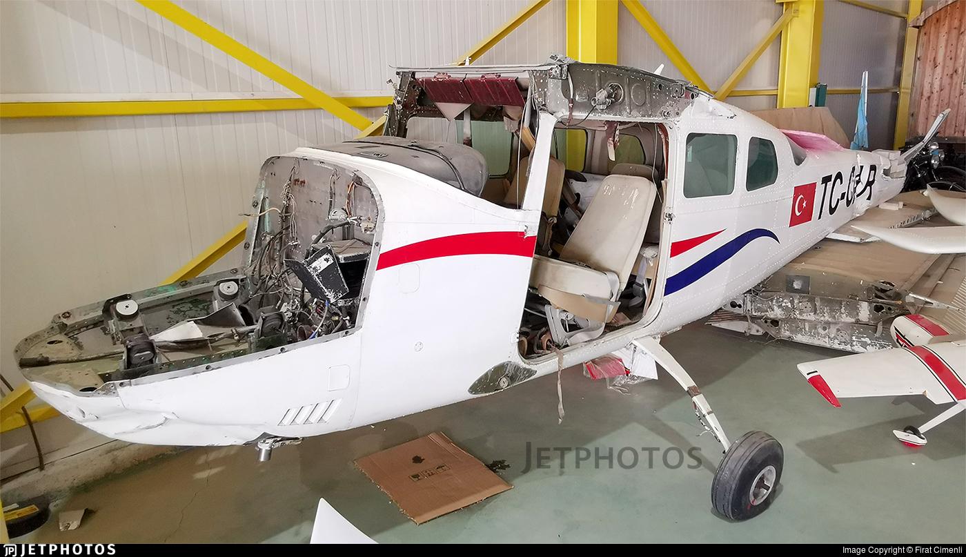 TC-CAR - Cessna U206G Stationair - Private