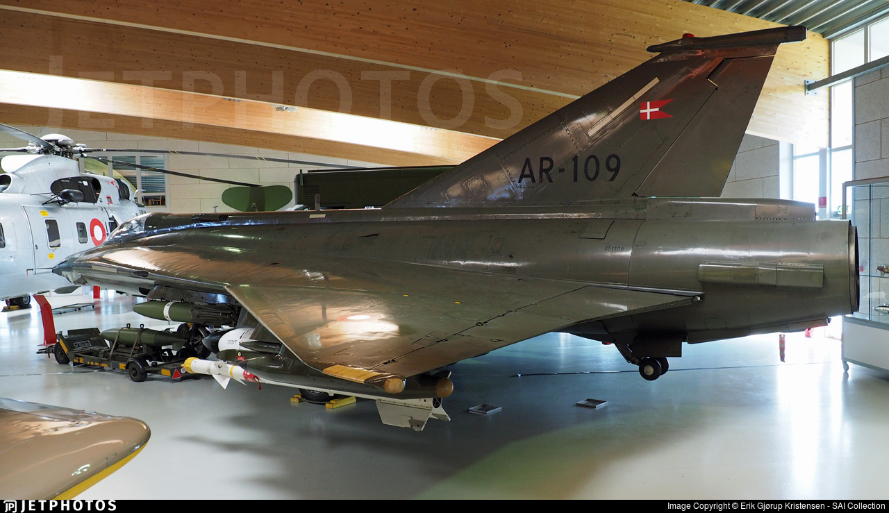 AR-109 - Saab RF-35XD Draken - Denmark - Air Force