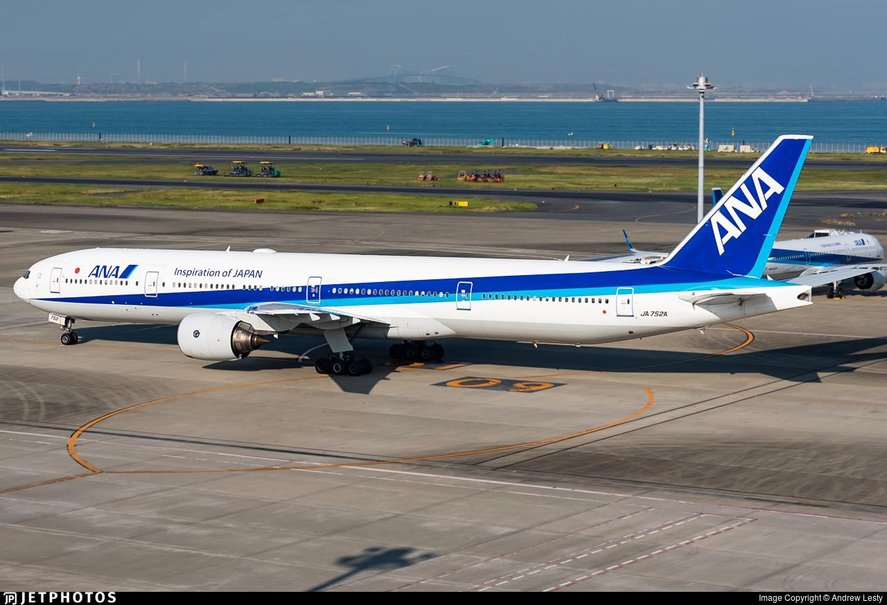 JA752A - Boeing 777-381 - All Nippon Airways (ANA)
