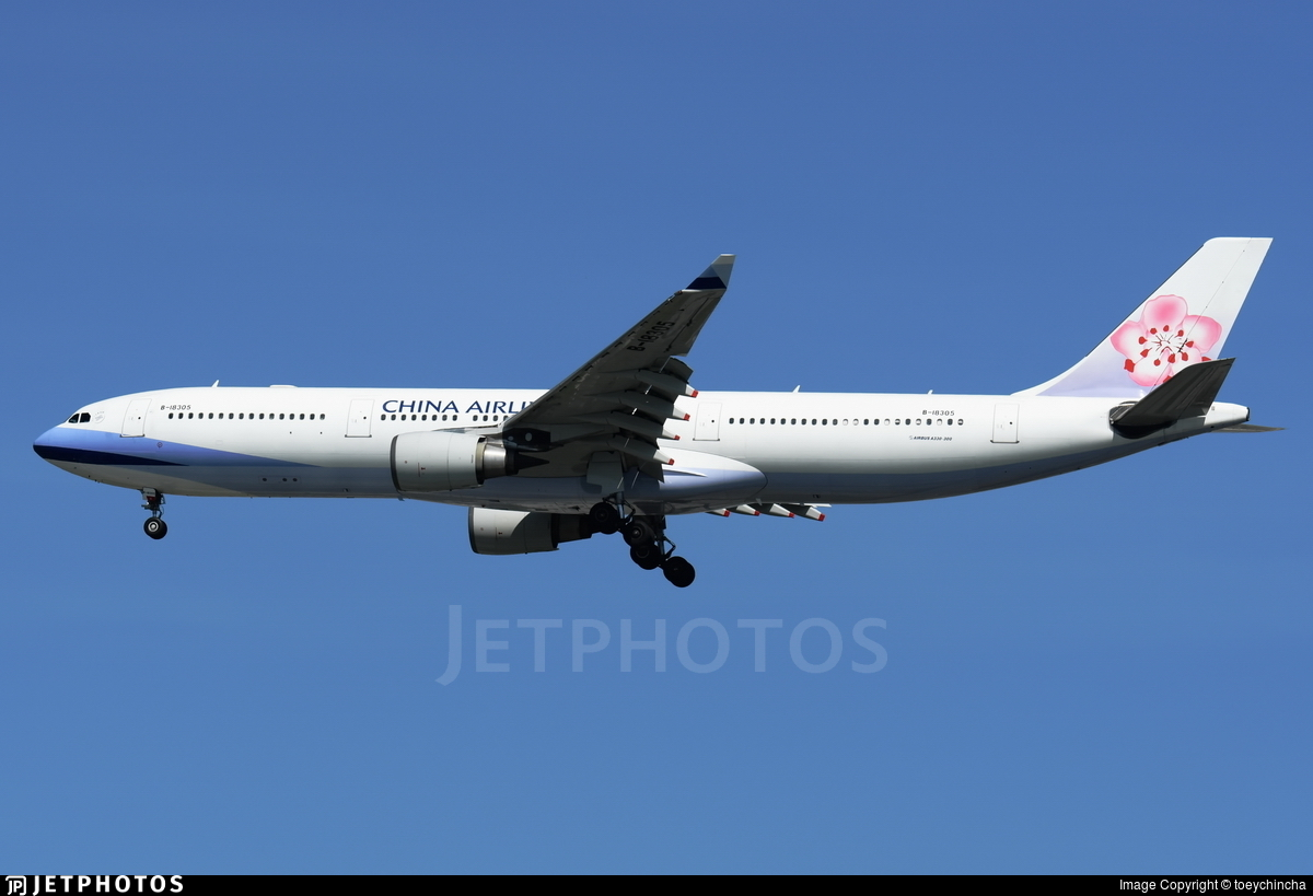B-18305 - Airbus A330-302 - China Airlines