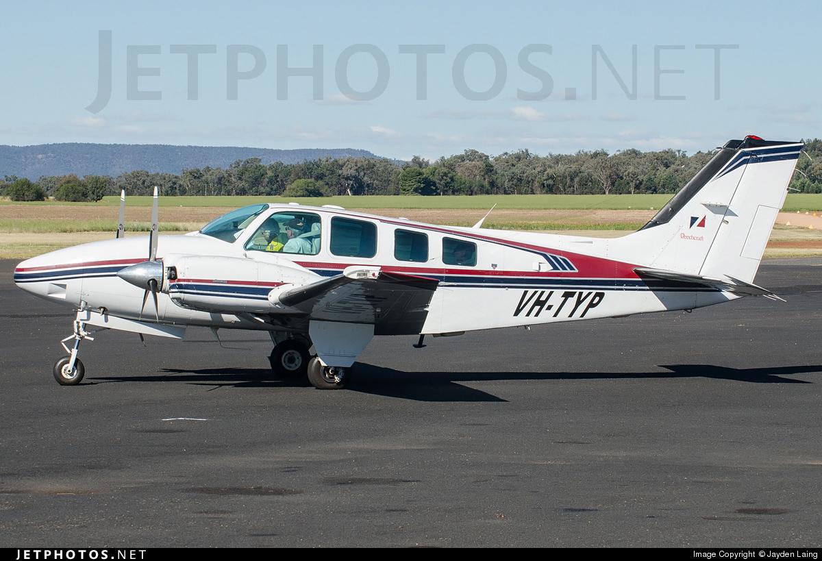VH-TYP - Beechcraft 58 Baron - Private