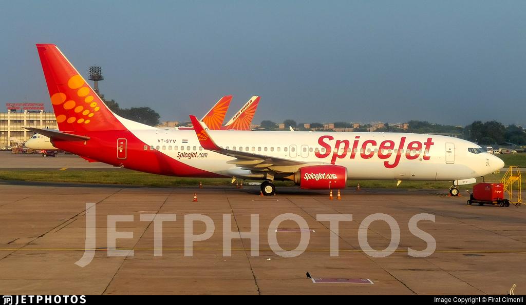 VT-SYV - Boeing 737-86N - SpiceJet