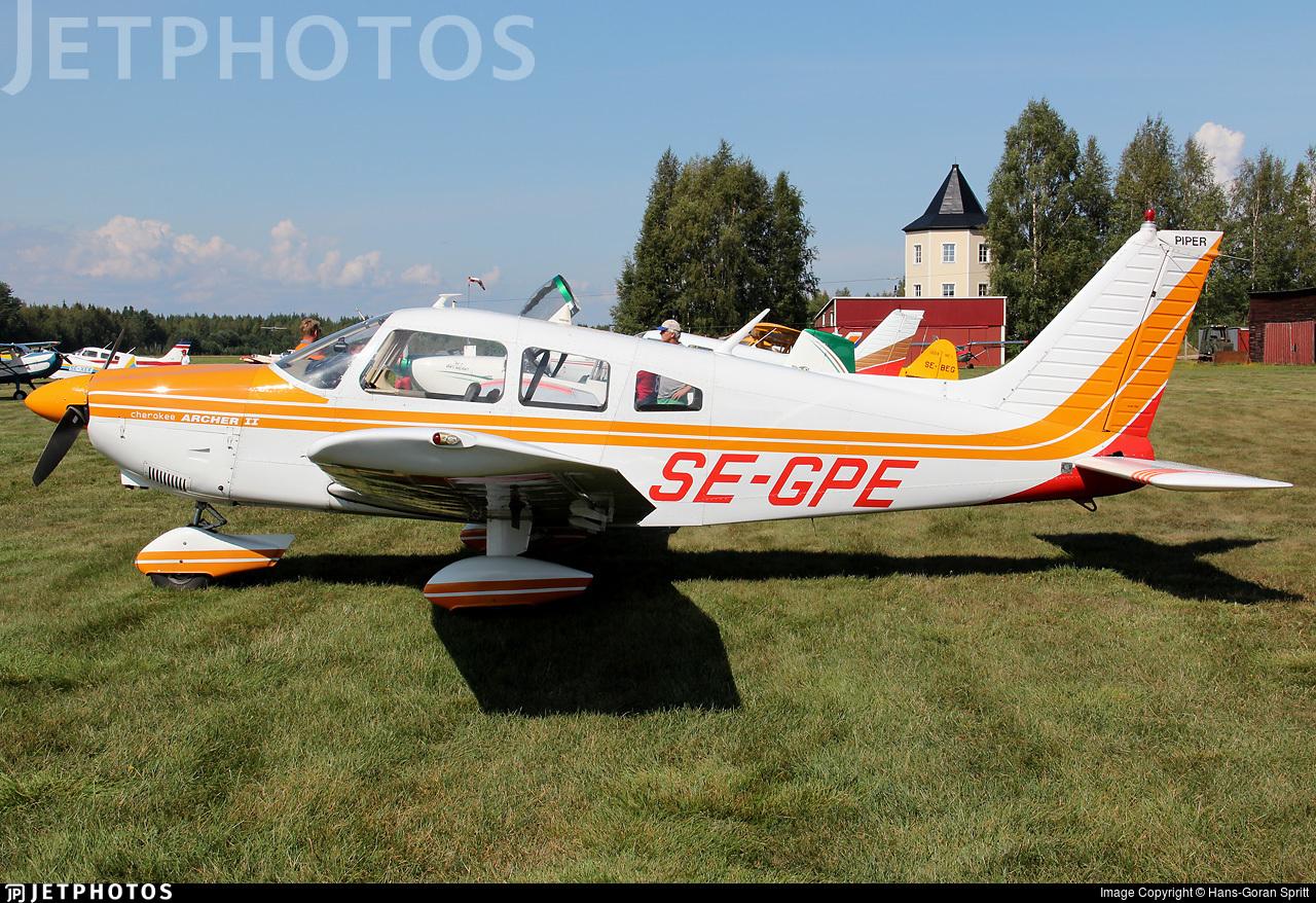 SE-GPE - Piper PA-28-181 Archer II - Private