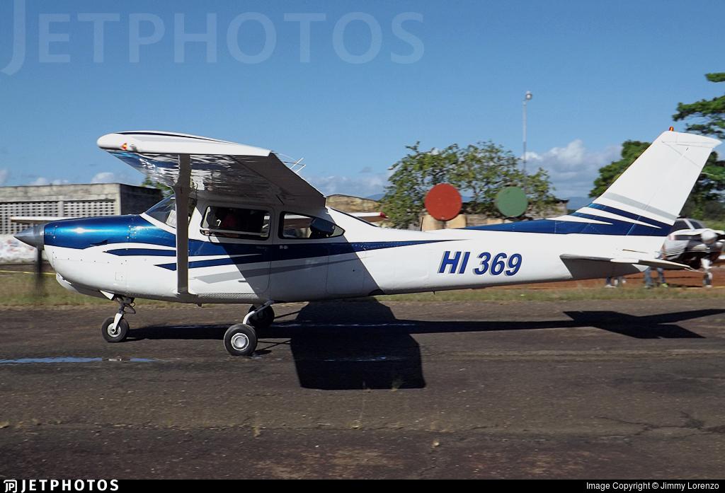 HI369 - Cessna R182 Skylane RG - Private
