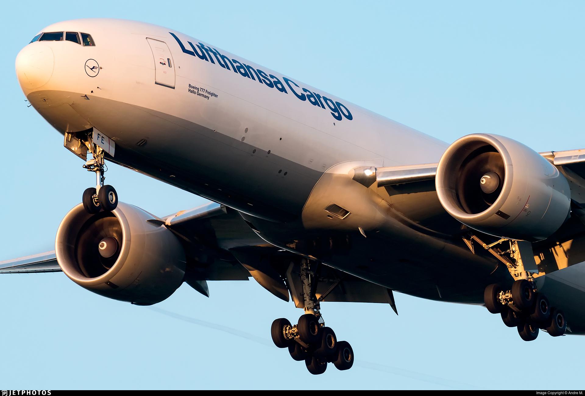 D-ALFE - Boeing 777-FBT - Lufthansa Cargo