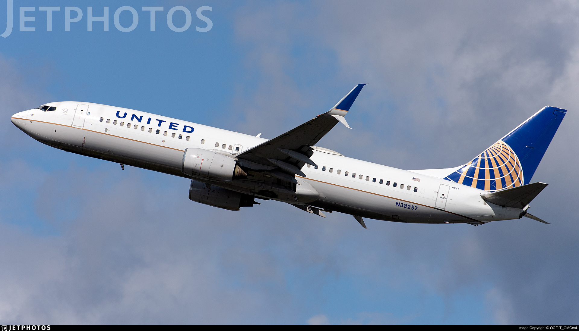 N38257 - Boeing 737-824 - United Airlines