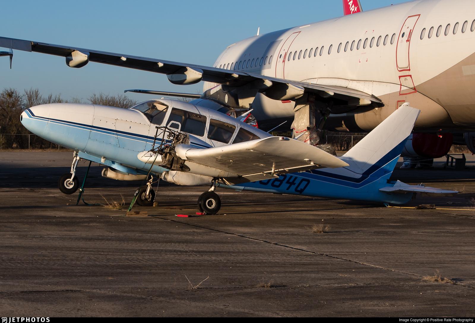 N2084Q - Piper PA-23-250 Aztec C - Private