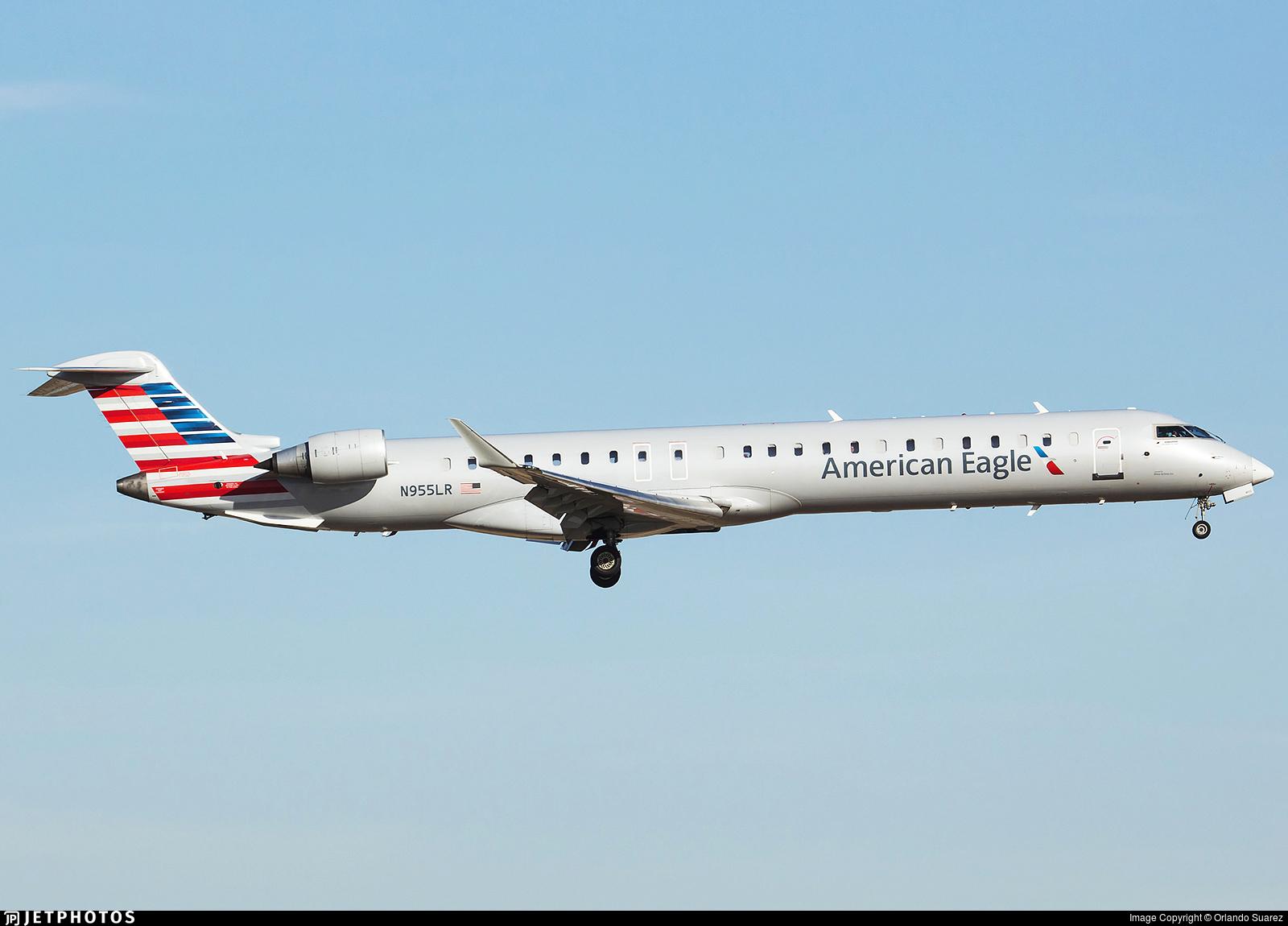 N955LR | Bombardier CRJ-900LR | American Eagle (Mesa Airlines) | Orlando  Suarez | JetPhotos