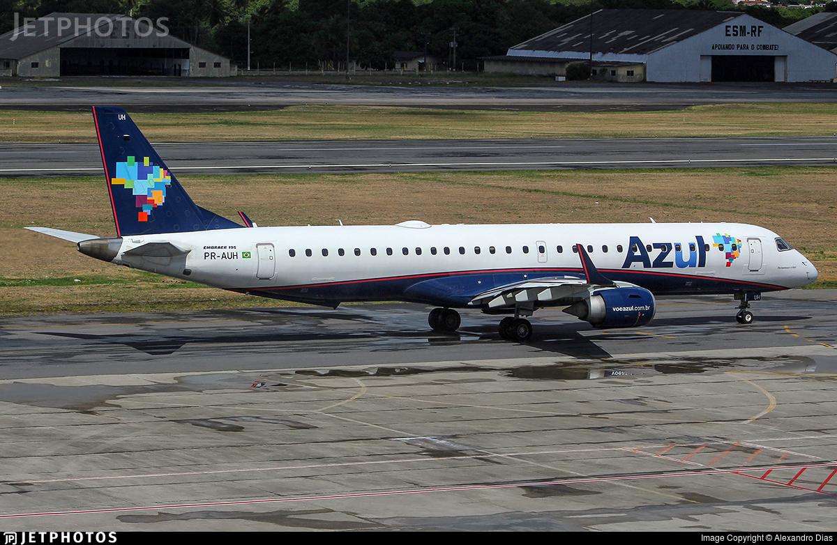 PR-AUH - Embraer 190-200IGW - Azul Linhas Aéreas Brasileiras