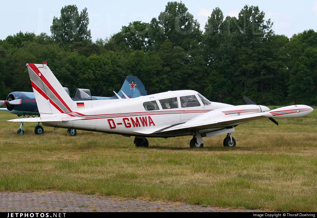 D-GMWA - Piper PA-30-160 Twin Comanche B - Private