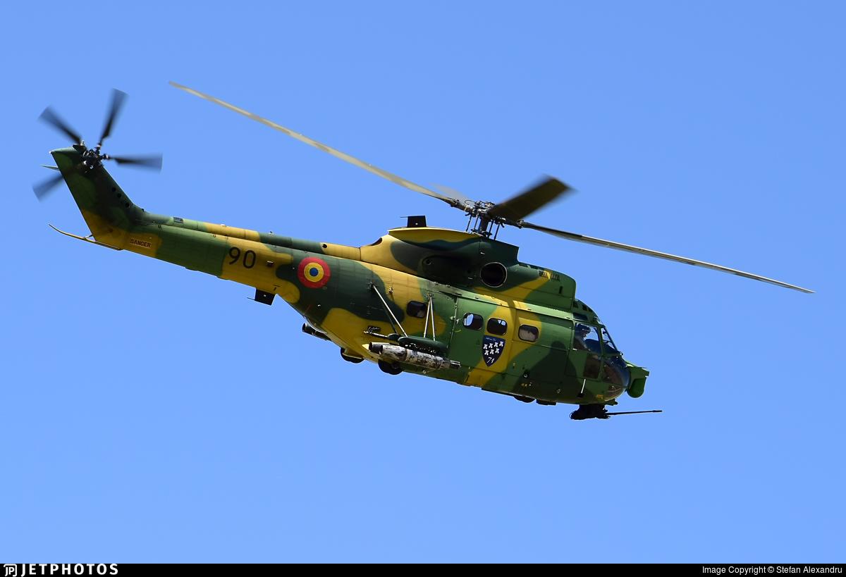 90 - IAR-330L Puma SOCAT - Romania - Air Force