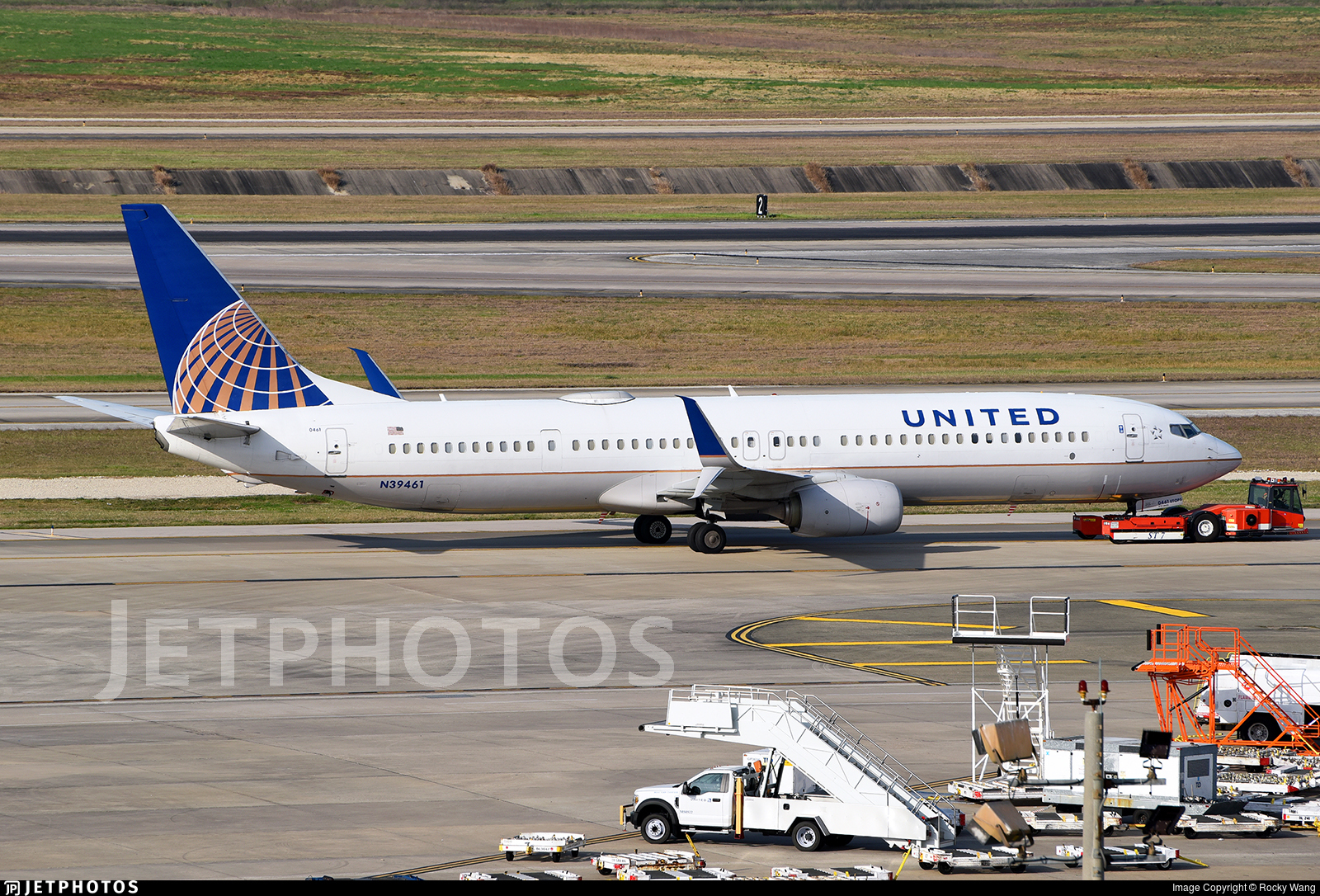 N39461 - Boeing 737-924ER - United Airlines