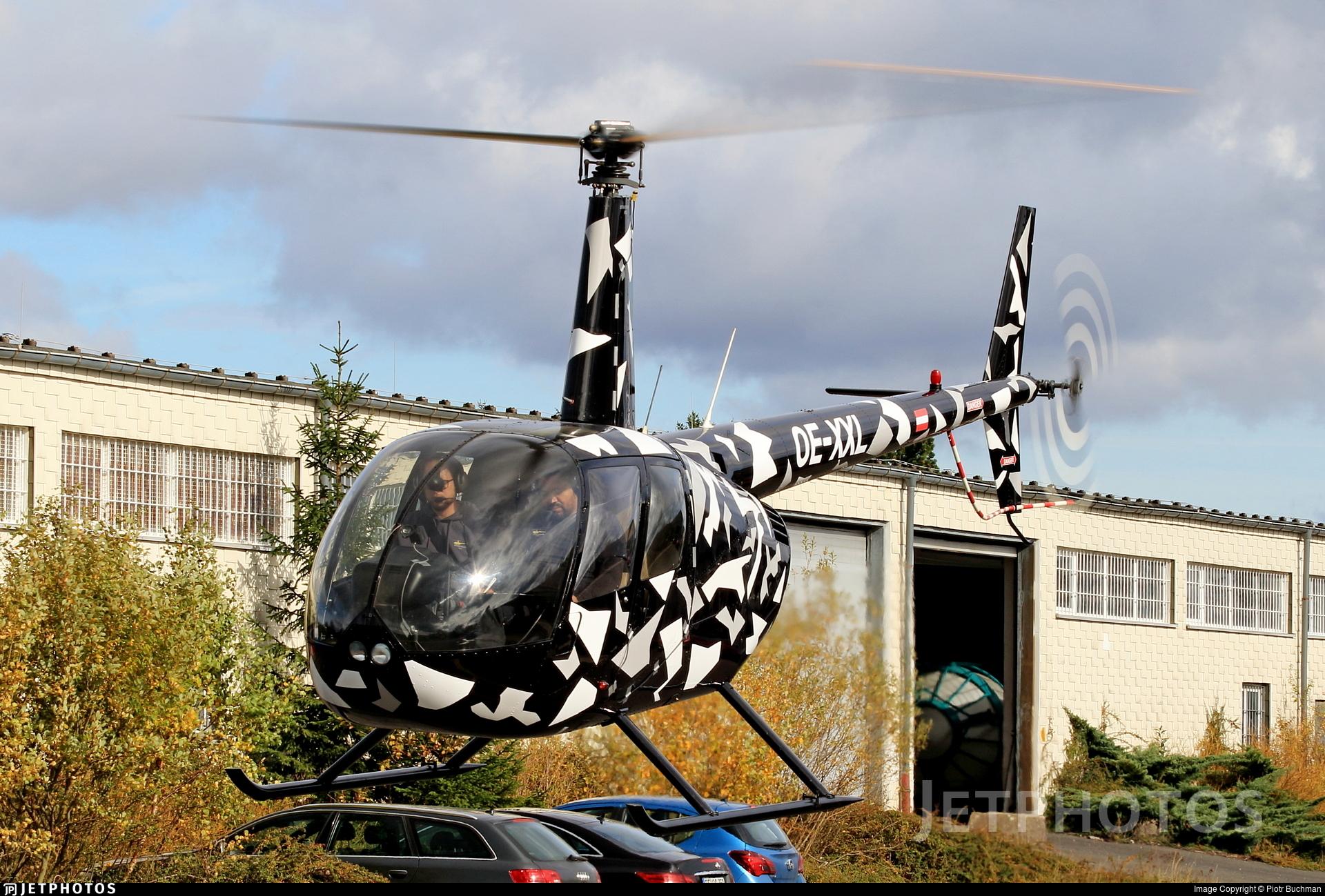 OE-XXL - Robinson R44 Raven - Private