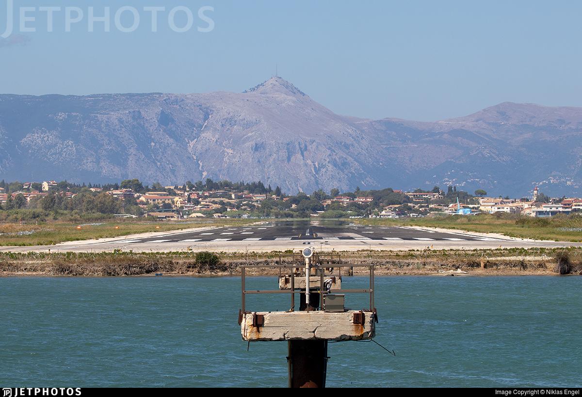 LGKR - Airport - Runway