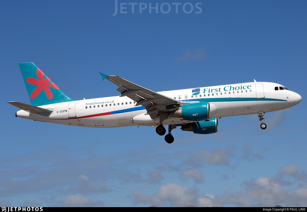 G-OOPW - Airbus A320-214 - First Choice Airways