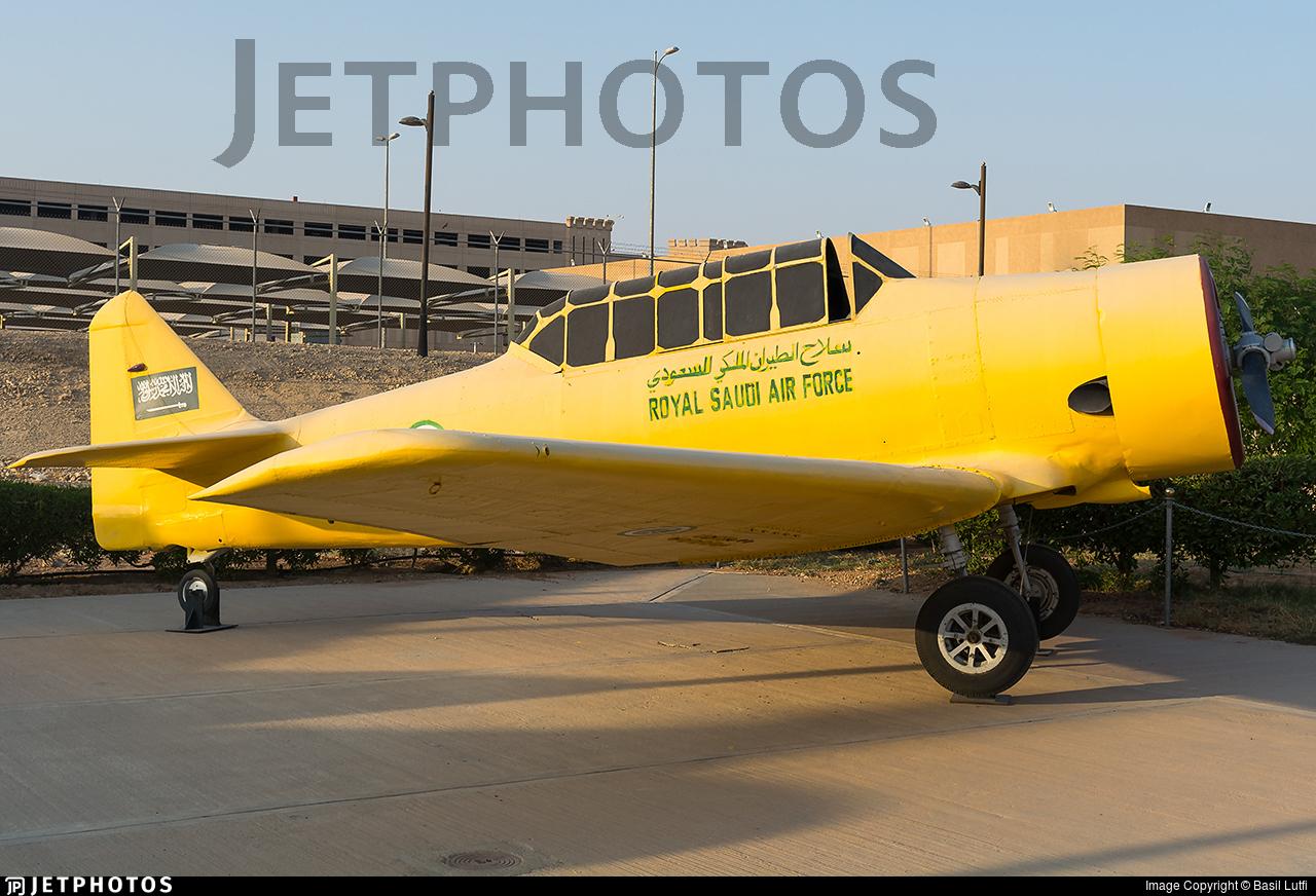 206 - North American AT-6 Texan - Saudi Arabia - Air Force