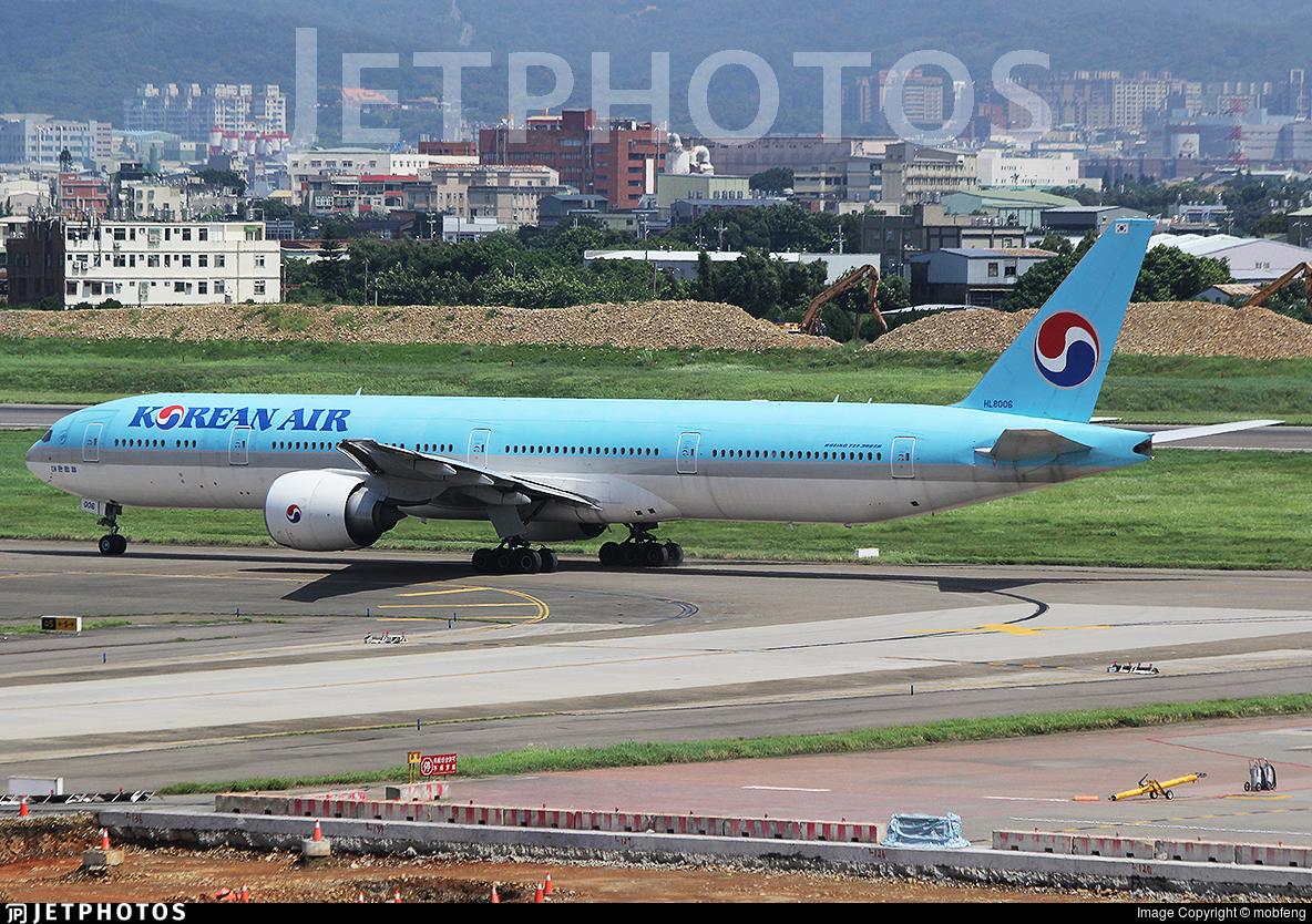 HL8006 - Boeing 777-3B5ER - Korean Air