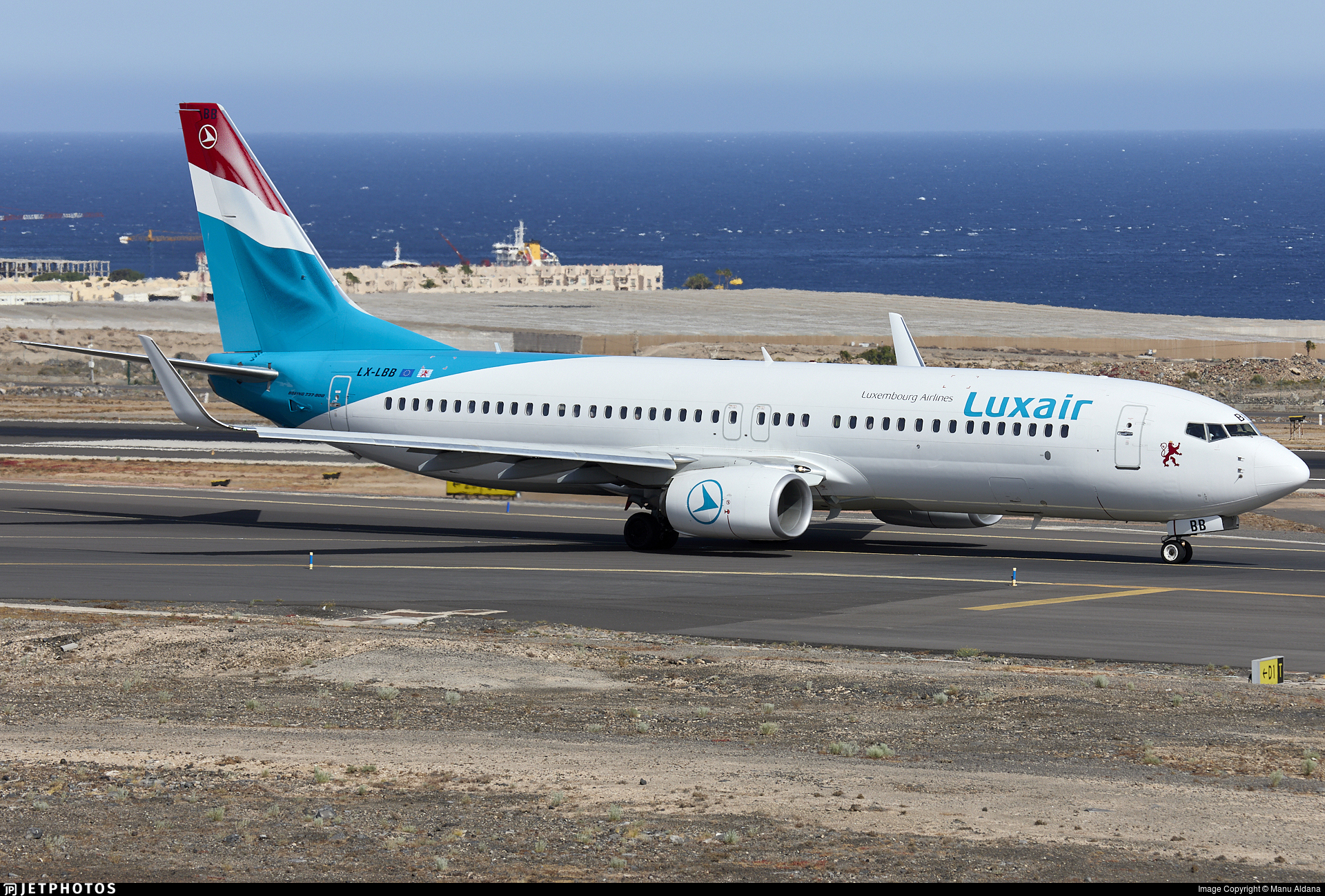 LX-LBB - Boeing 737-86J - Luxair - Luxembourg Airlines