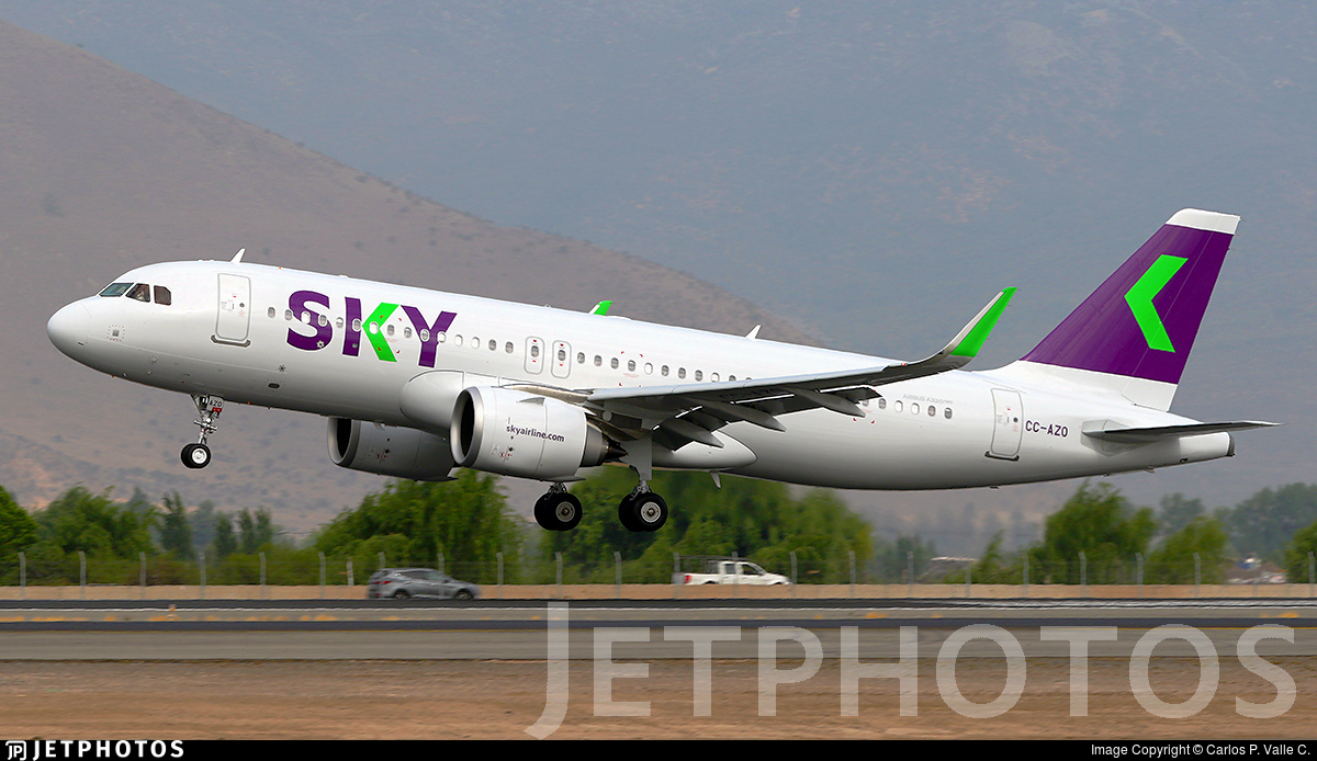 CC-AZO - Airbus A320-251N - Sky Airline