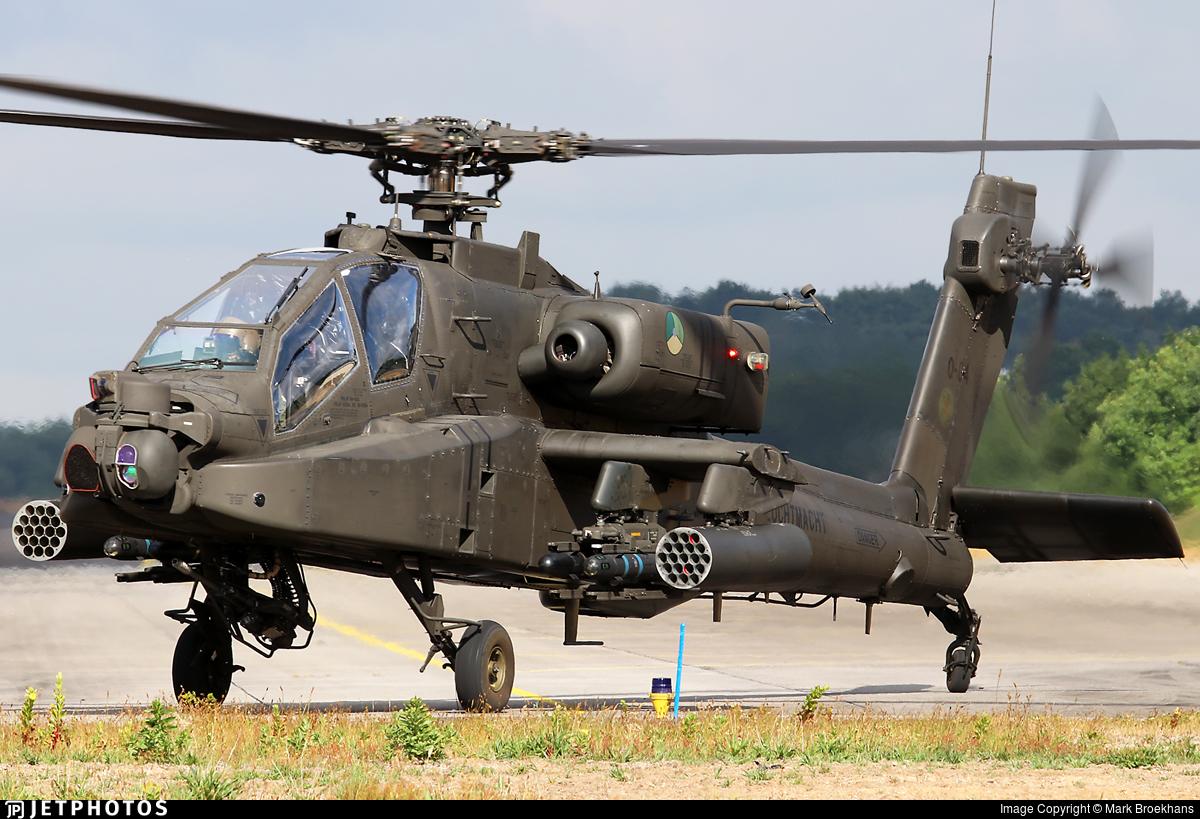 Q-04 - Boeing AH-64D Apache - Netherlands - Royal Air Force