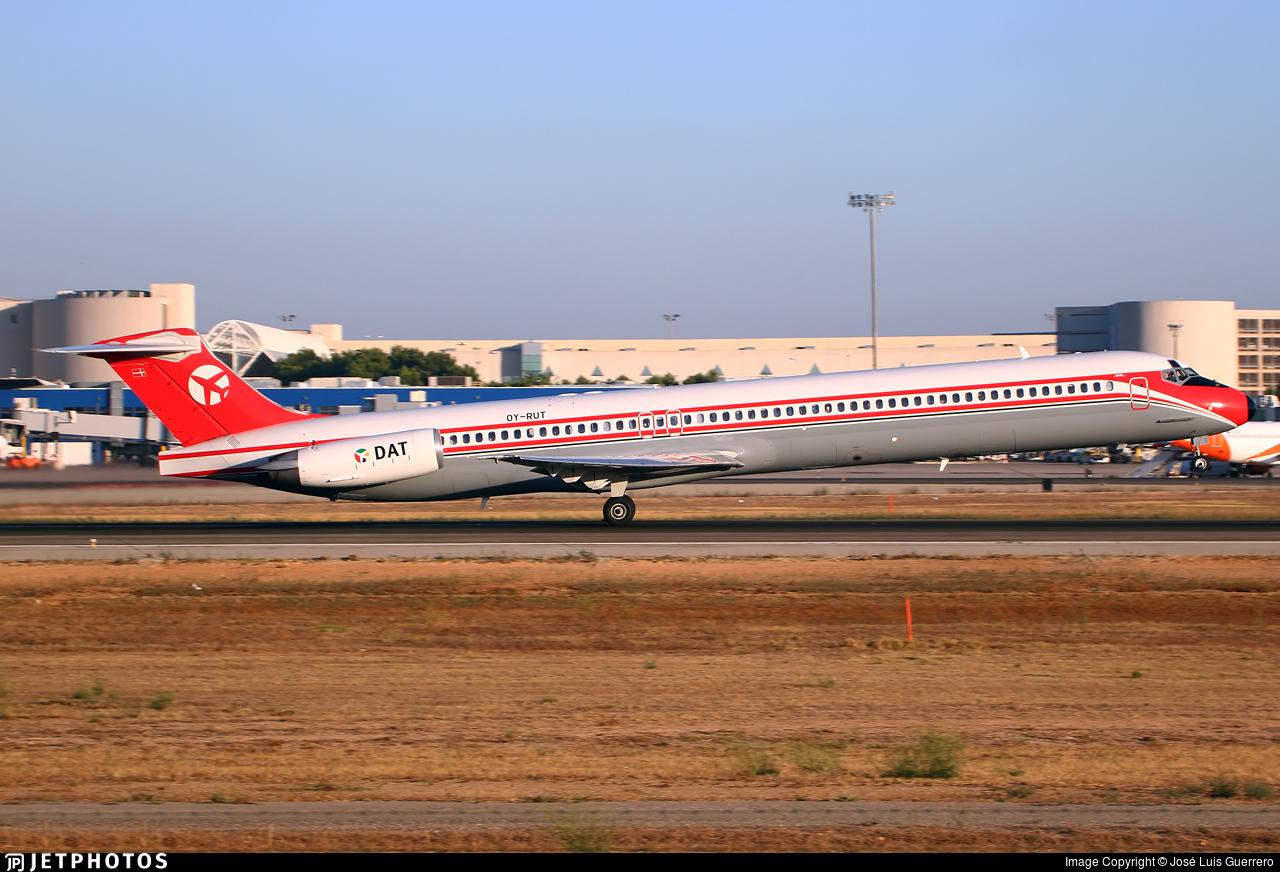 OY-RUT | McDonnell Douglas MD-82 | Danish Air Transport (DAT