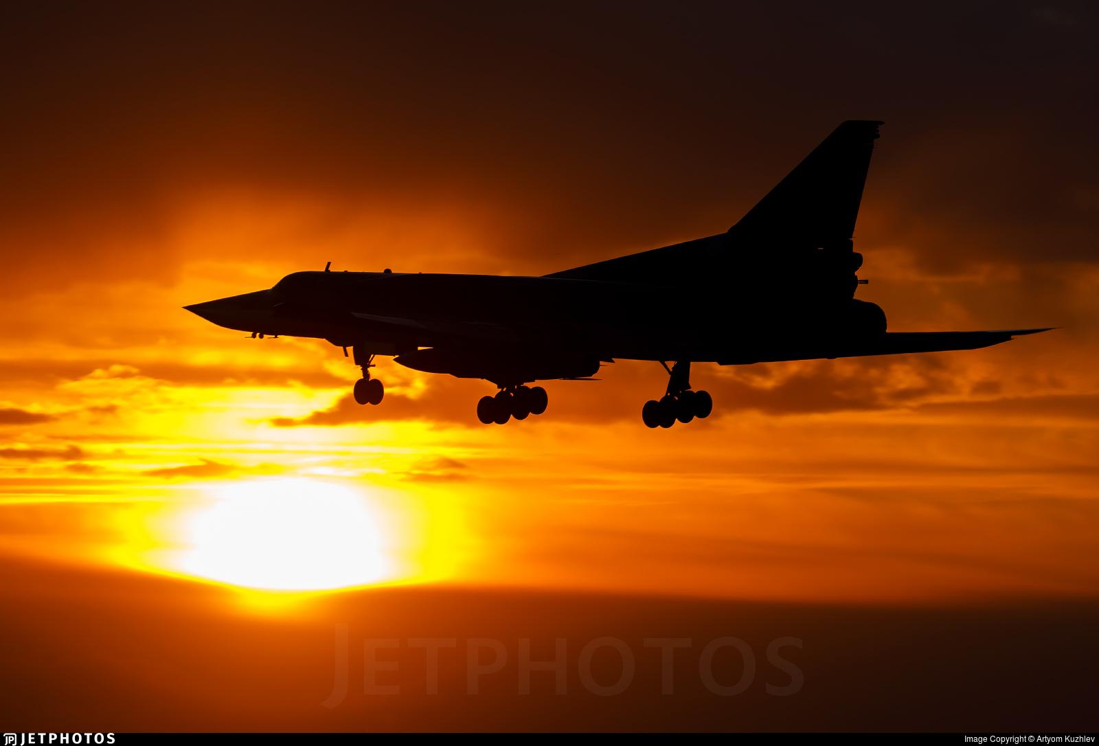 RF-94264 - Tupolev Tu-22M3 Backfire - Russia - Air Force
