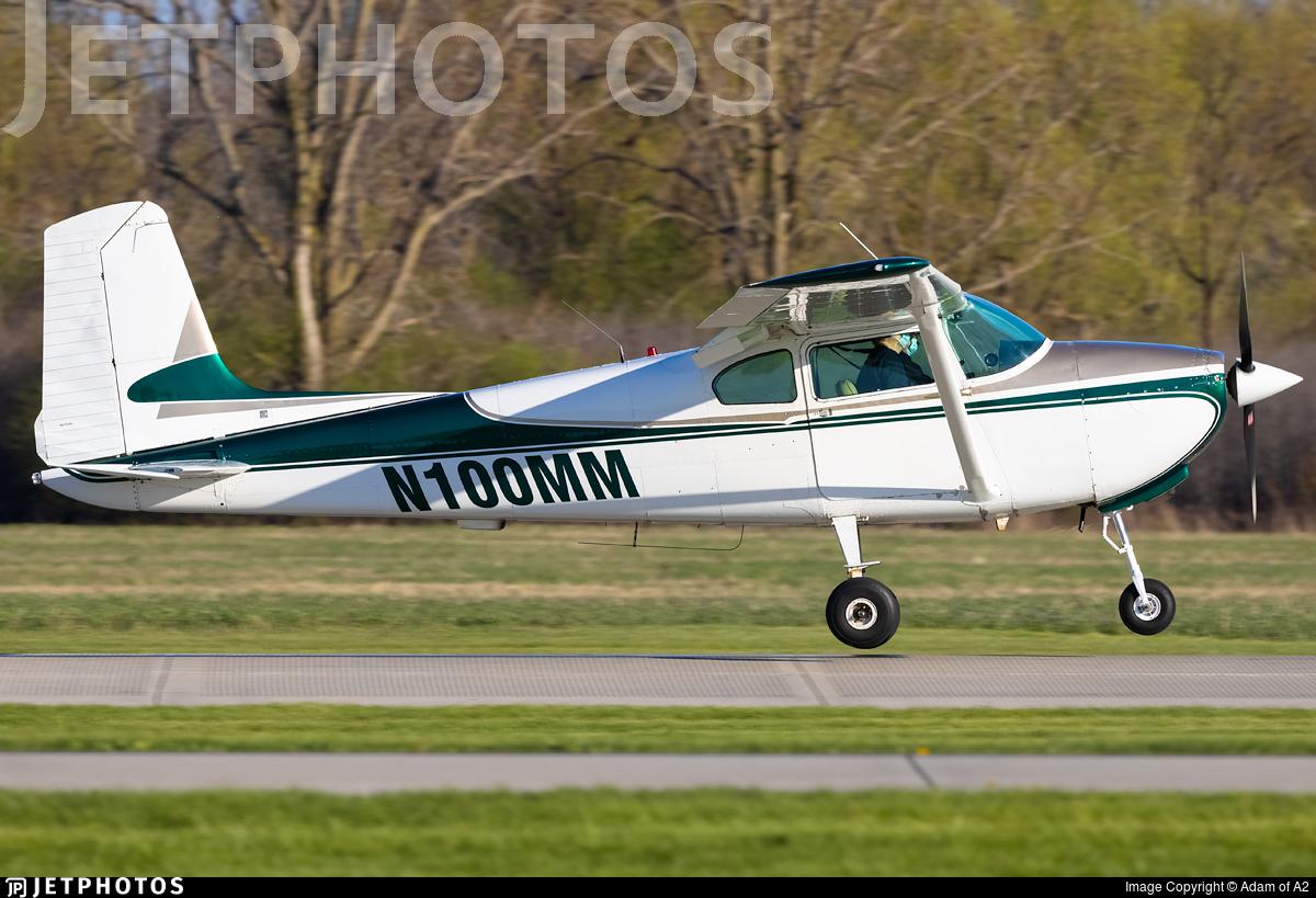N100MM - Cessna 182 - Private