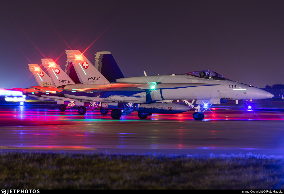 J-5014 - McDonnell Douglas F/A-18C Hornet - Switzerland - Air Force