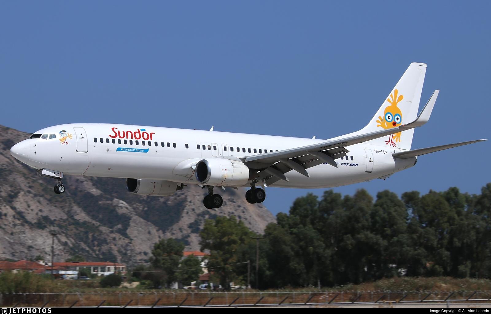 OM-FEX - Boeing 737-8Q8 - Sun d'Or International Airlines (Air Explore)