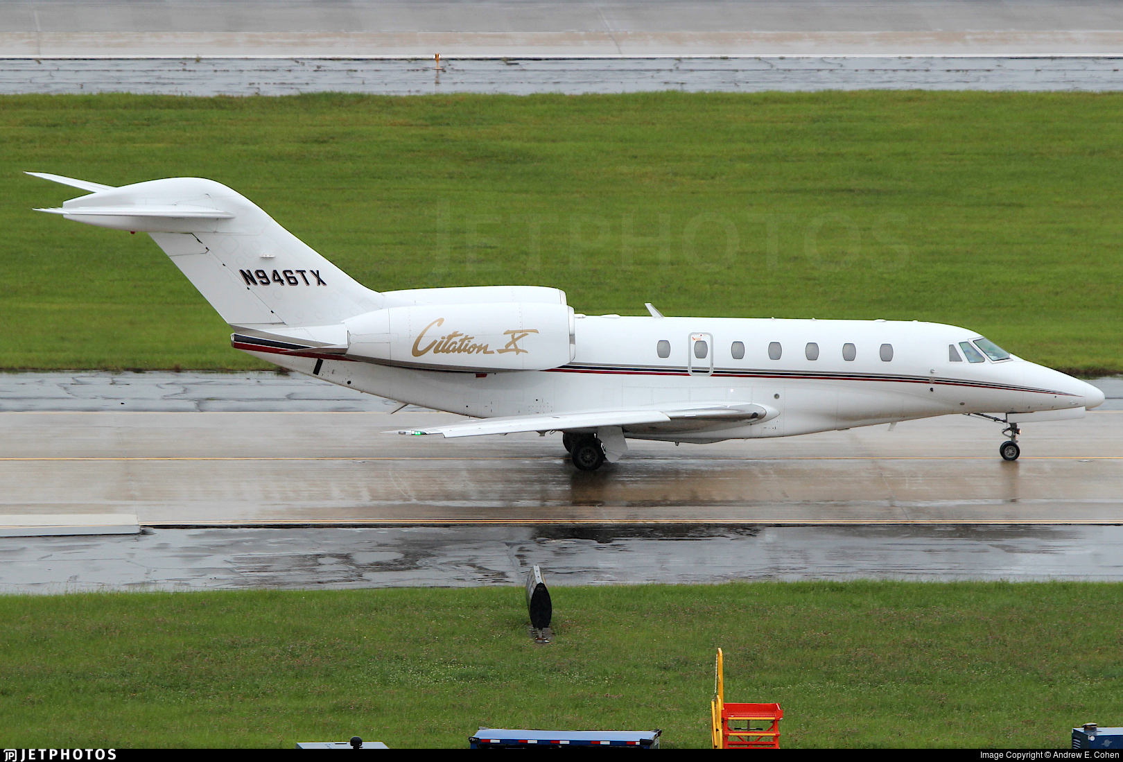 N946TX - Cessna 750 Citation X - Private