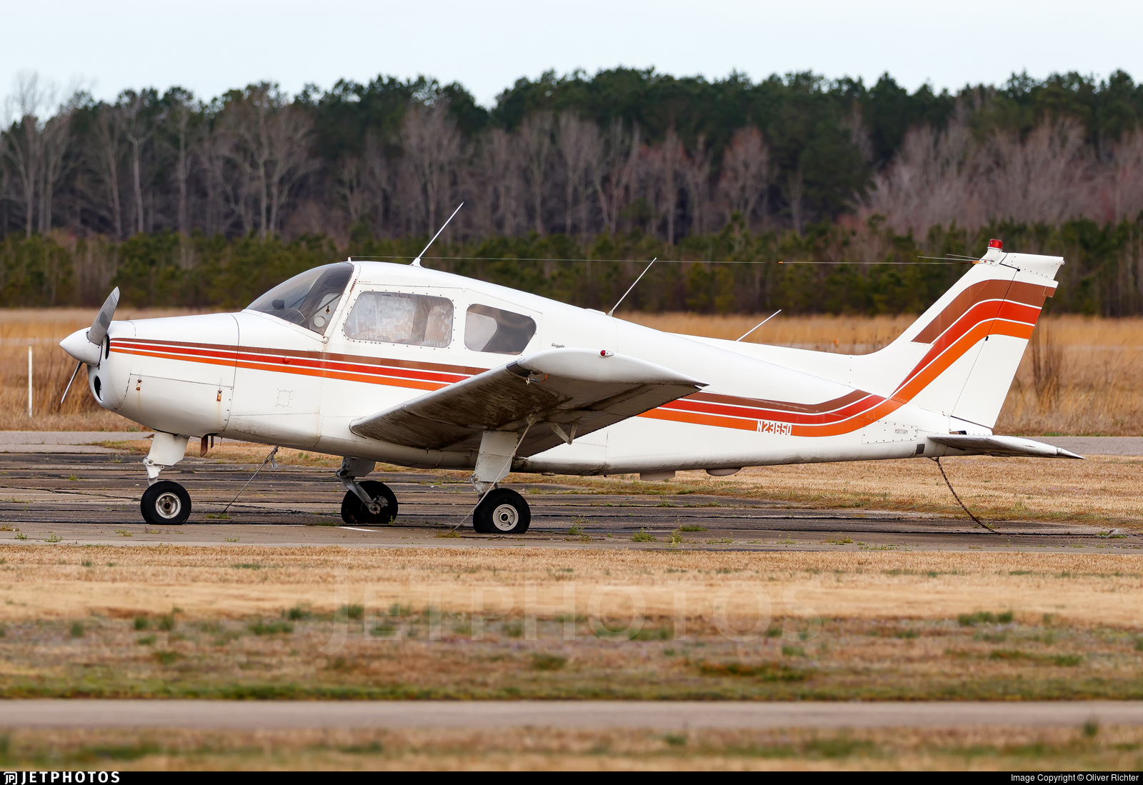 N2365Q - Beechcraft A23 Musketeer - Private