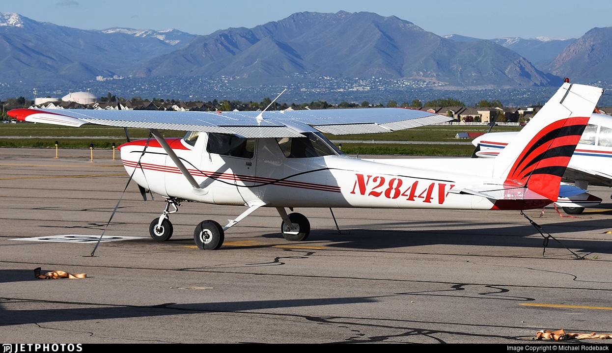 N2844V - Cessna 150M - Private