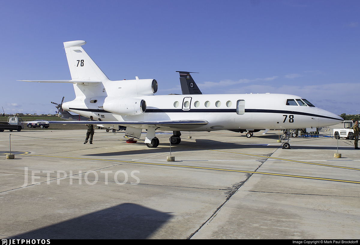 78 dassault falcon 50 france air force mark paul. Black Bedroom Furniture Sets. Home Design Ideas