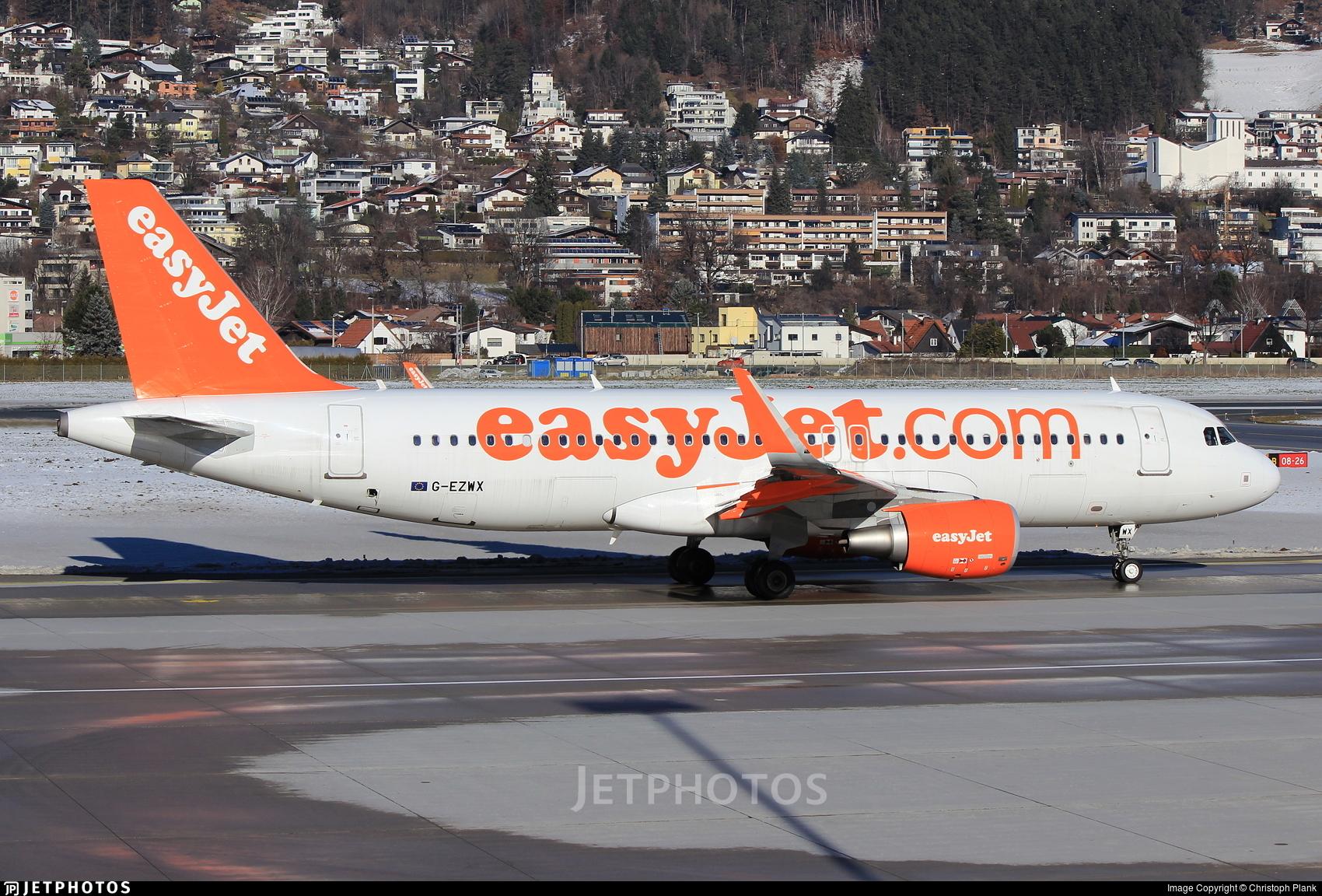 G-EZWX - Airbus A320-214 - easyJet