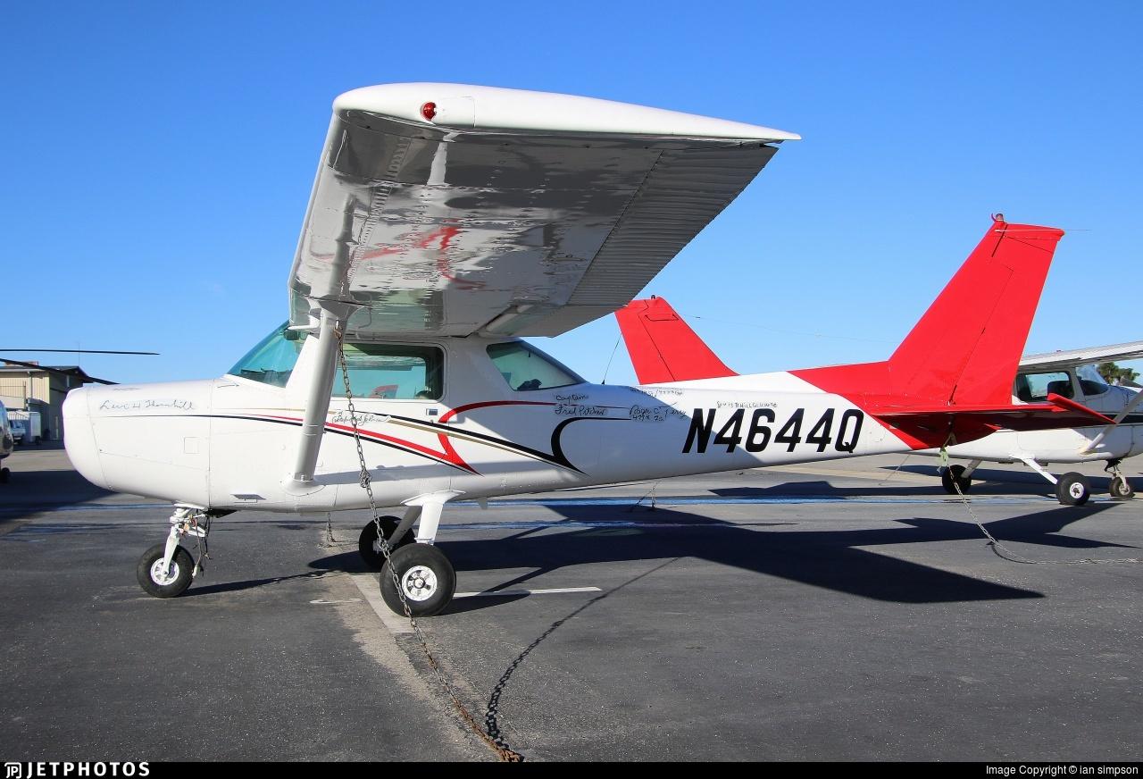 N4644Q - Cessna 152 - Private