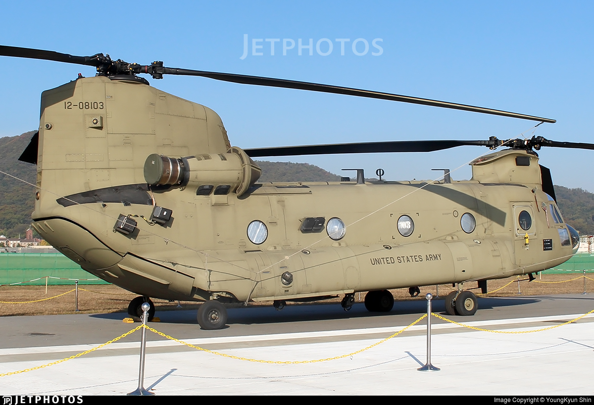 12-08103 - Boeing CH-47F Chinook - United States - US Army