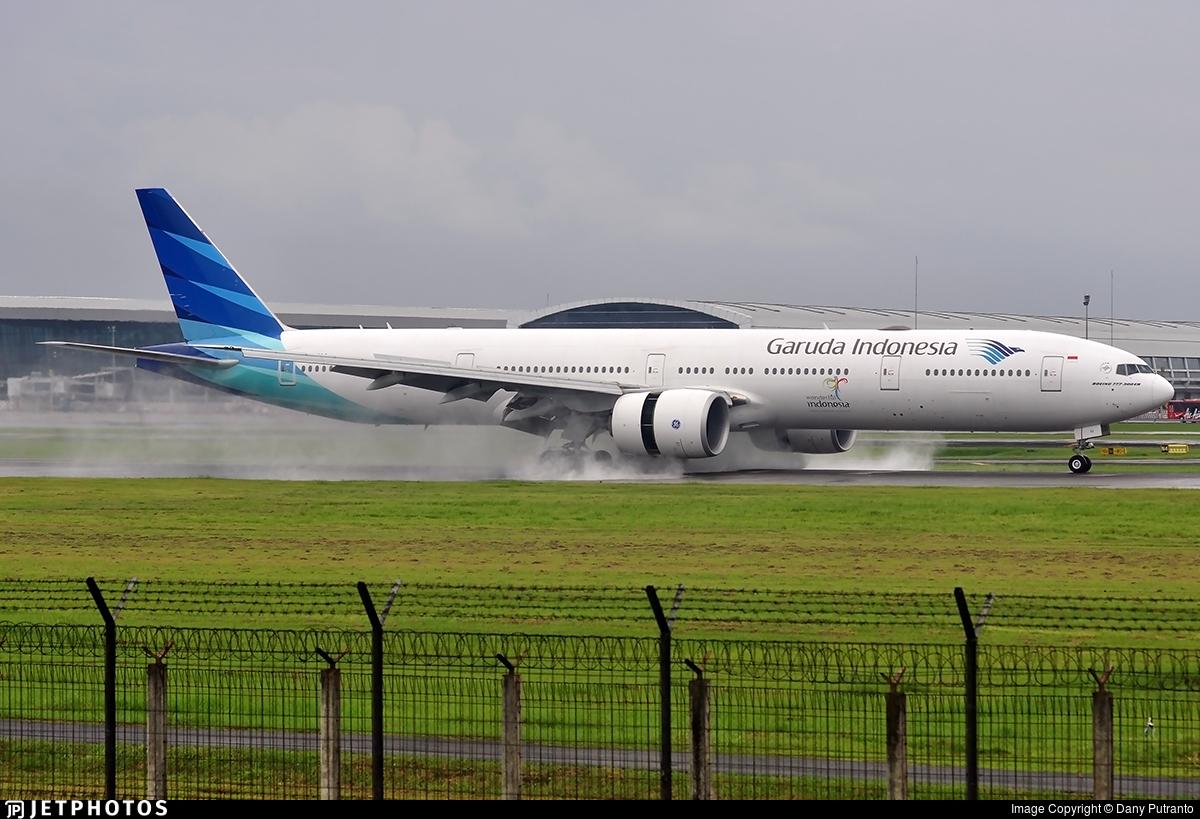 Garuda Indonesia Boeing 777-300 | Jetphotos.com